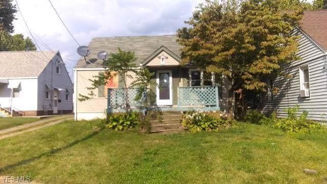 2116 Avalon Avenue NE, Canton, OH 44705 (MLS #4133360) :: The Crockett Team, Howard Hanna