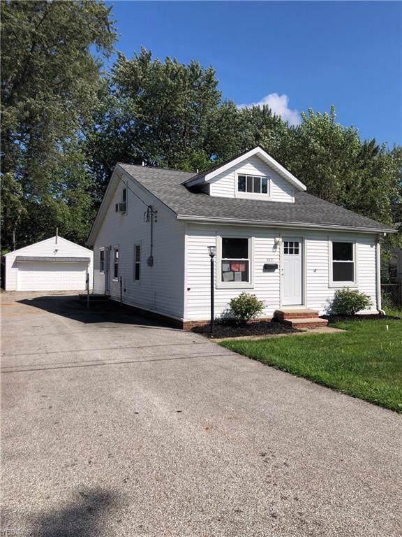 5621 Park Street, Mentor-on-the-Lake, OH 44060 (MLS #4134032) :: The Crockett Team, Howard Hanna