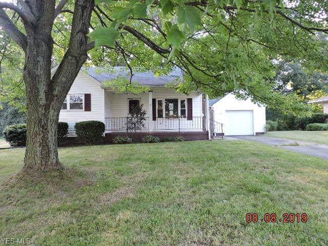 3427 Shirley Road, Youngstown, OH 44502 (MLS #4135589) :: The Crockett Team, Howard Hanna