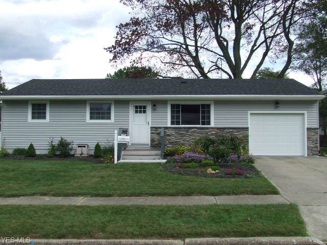 350 Crestview Drive, Munroe Falls, OH 44262 (MLS #4140374) :: RE/MAX Above Expectations