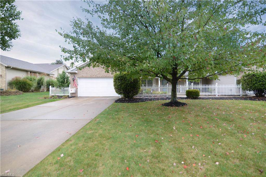 556 Shadydale Drive - Photo 1