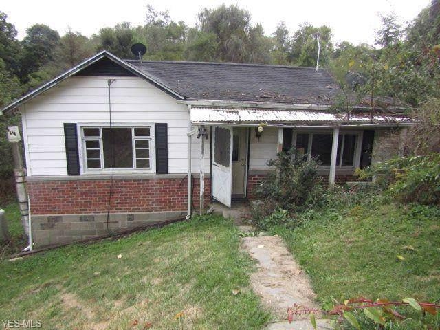 50900 Rose Valley Road, St. Clairsville, OH 43950 (MLS #4140724) :: The Crockett Team, Howard Hanna