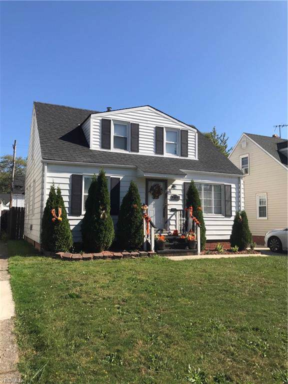5417 Hollywood, Maple Heights, OH 44137 (MLS #4141397) :: RE/MAX Trends Realty