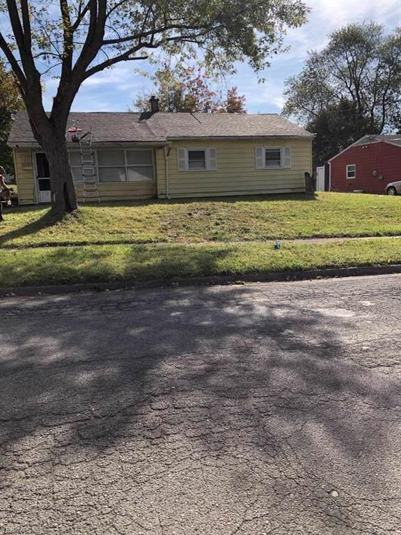 31 Rutledge Drive, Youngstown, OH 44505 (MLS #4141402) :: The Crockett Team, Howard Hanna