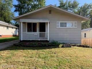 349 Oak Street, Wadsworth, OH 44281 (MLS #4141429) :: Keller Williams Chervenic Realty