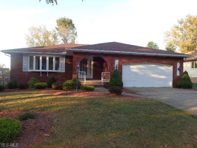 6200 Night Vista Drive, Parma, OH 44129 (MLS #4141660) :: RE/MAX Trends Realty