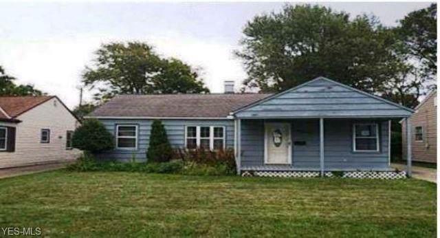 1117 Orchard Heights Drive, Mayfield Heights, OH 44124 (MLS #4141690) :: The Crockett Team, Howard Hanna