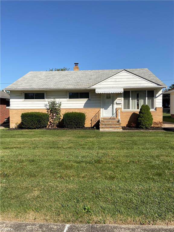 14405 Wheeler Road, Maple Heights, OH 44137 (MLS #4141947) :: RE/MAX Trends Realty