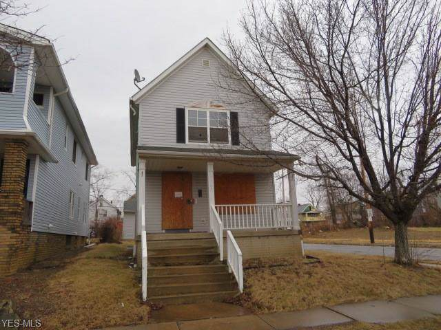3567 E 117th Street, Cleveland, OH 44105 (MLS #4142612) :: The Crockett Team, Howard Hanna