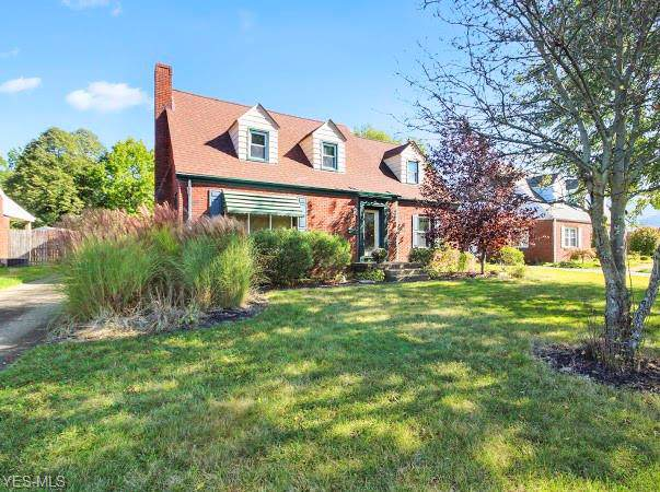 4543 Euclid Boulevard, Youngstown, OH 44512 (MLS #4142998) :: Keller Williams Chervenic Realty