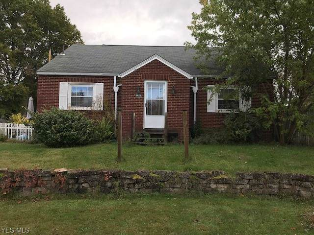 2628 Lakeside Avenue NW, Canton, OH 44708 (MLS #4143509) :: Krch Realty