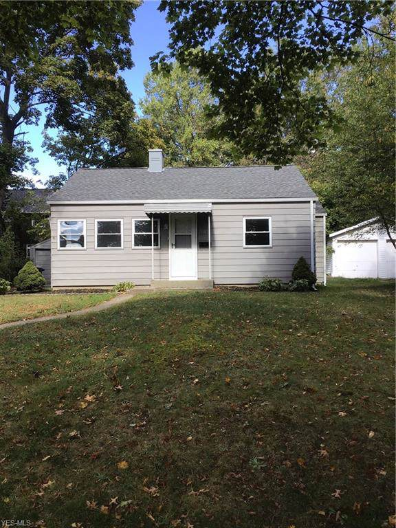 1685 Honodle Avenue, Akron, OH 44305 (MLS #4143948) :: RE/MAX Edge Realty