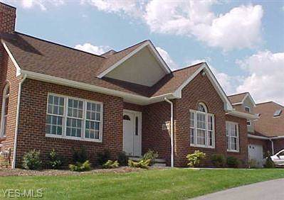 1037 Harbour Lights Boulevard, Columbiana, OH 44452 (MLS #4143949) :: RE/MAX Valley Real Estate