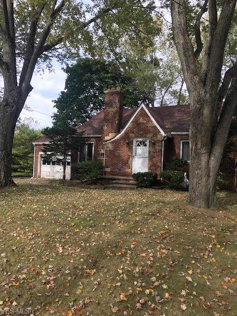 1521 Edgemoor Avenue, Akron, OH 44313 (MLS #4144719) :: RE/MAX Trends Realty