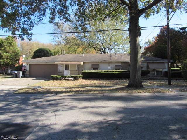 431 S Pleasant Street, Oberlin, OH 44074 (MLS #4145930) :: The Crockett Team, Howard Hanna