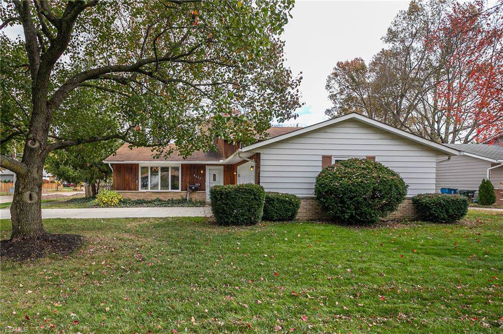 8439 Brentwood Drive - Photo 1