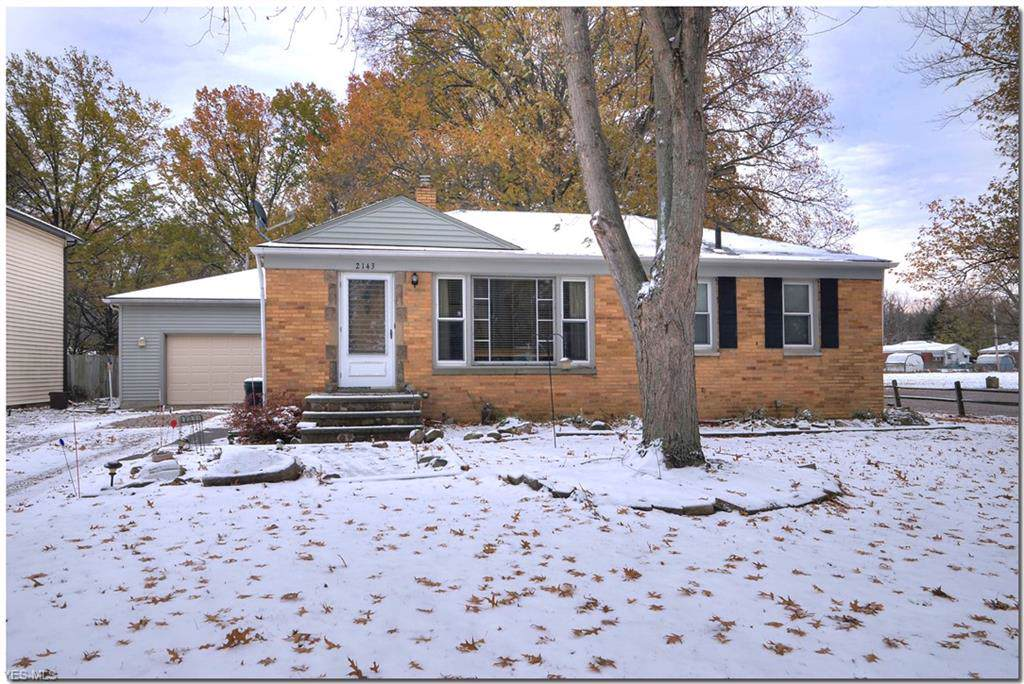 2143 Eaton Drive, Avon, OH 44011 (MLS #4149368) :: RE/MAX Trends Realty