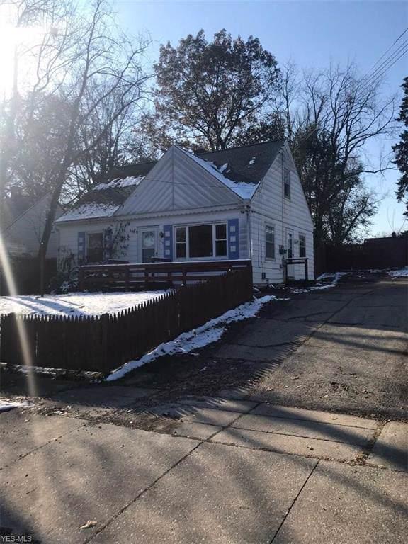 904 Kennebec Avenue, Akron, OH 44305 (MLS #4150829) :: The Crockett Team, Howard Hanna
