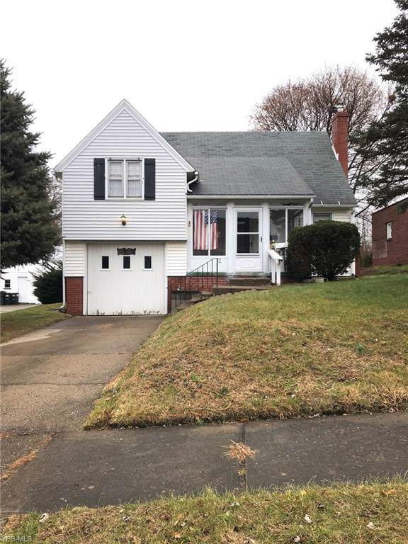 1834 Lindbergh Avenue NE, Massillon, OH 44646 (MLS #4153615) :: The Crockett Team, Howard Hanna