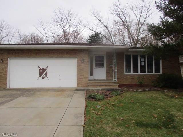 6533 Brookhill Drive, Garfield Heights, OH 44125 (MLS #4153967) :: The Crockett Team, Howard Hanna