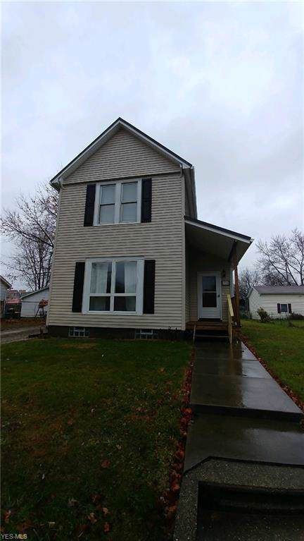 256 W Maryland Avenue, Sebring, OH 44672 (MLS #4154874) :: RE/MAX Valley Real Estate