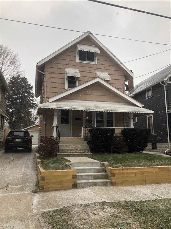 1201 Sherman Street, Akron, OH 44301 (MLS #4155444) :: The Crockett Team, Howard Hanna