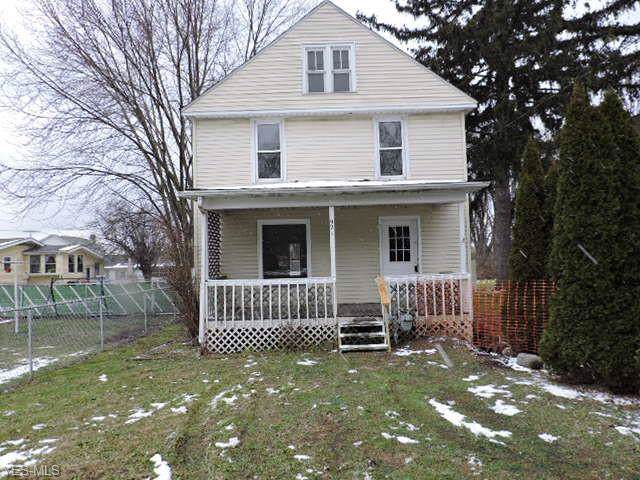 921 W 60th Street, Ashtabula, OH 44004 (MLS #4156339) :: RE/MAX Trends Realty