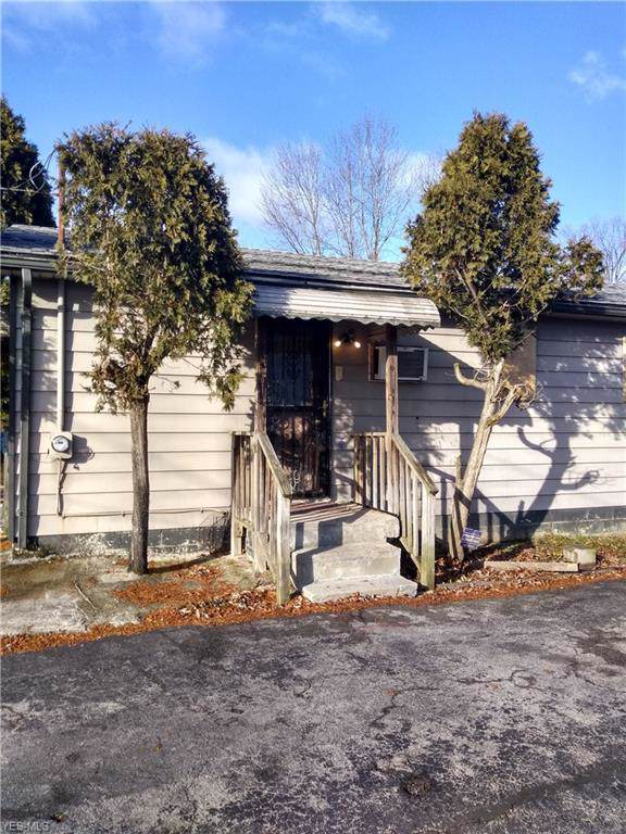 2358 Bott Street, Youngstown, OH 44505 (MLS #4158538) :: RE/MAX Trends Realty
