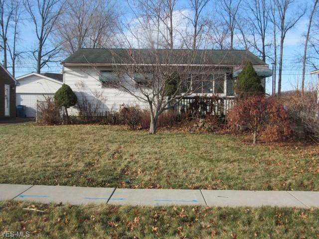 4432 Palm Avenue, Lorain, OH 44055 (MLS #4159050) :: RE/MAX Trends Realty