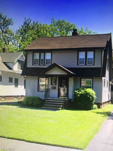 2207 Barrington Road, University Heights, OH 44118 (MLS #4160728) :: The Holden Agency