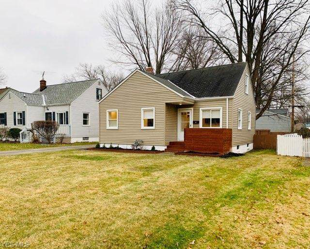 27873 Aberdeen Road, Bay Village, OH 44140 (MLS #4160840) :: RE/MAX Trends Realty