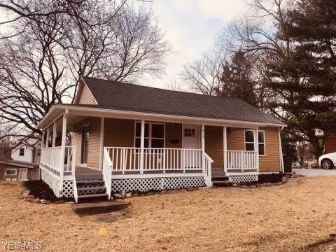 818 N Summit Street, Barberton, OH 44203 (MLS #4161525) :: RE/MAX Valley Real Estate