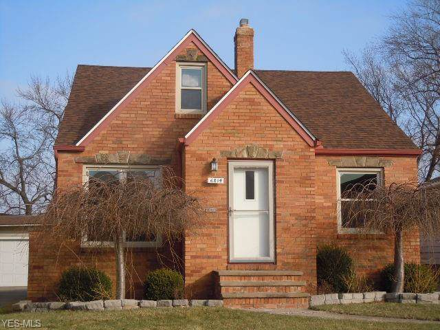 6814 Renwood Drive, Parma, OH 44129 (MLS #4162220) :: RE/MAX Trends Realty