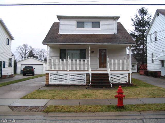 5254 Milo Avenue, Maple Heights, OH 44137 (MLS #4162456) :: RE/MAX Trends Realty