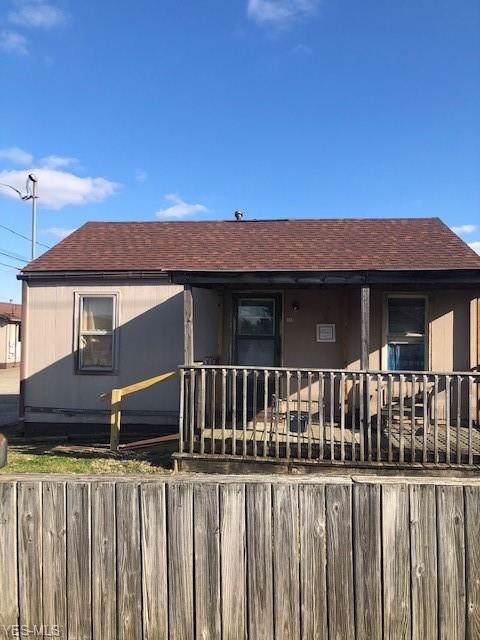 110 Lee Street, Belpre, OH 45714 (MLS #4162808) :: RE/MAX Trends Realty