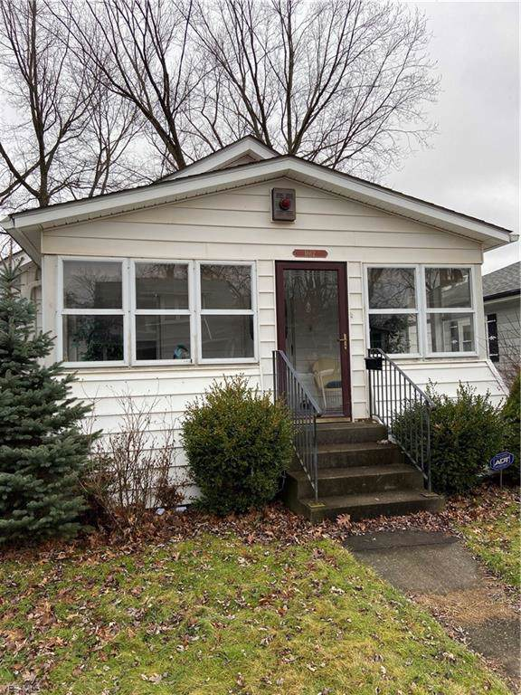 1862 Marks Avenue, Akron, OH 44305 (MLS #4163681) :: RE/MAX Trends Realty