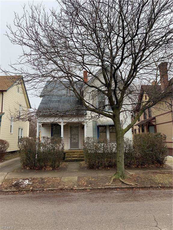1767 W 32nd Street, Cleveland, OH 44113 (MLS #4163836) :: The Crockett Team, Howard Hanna