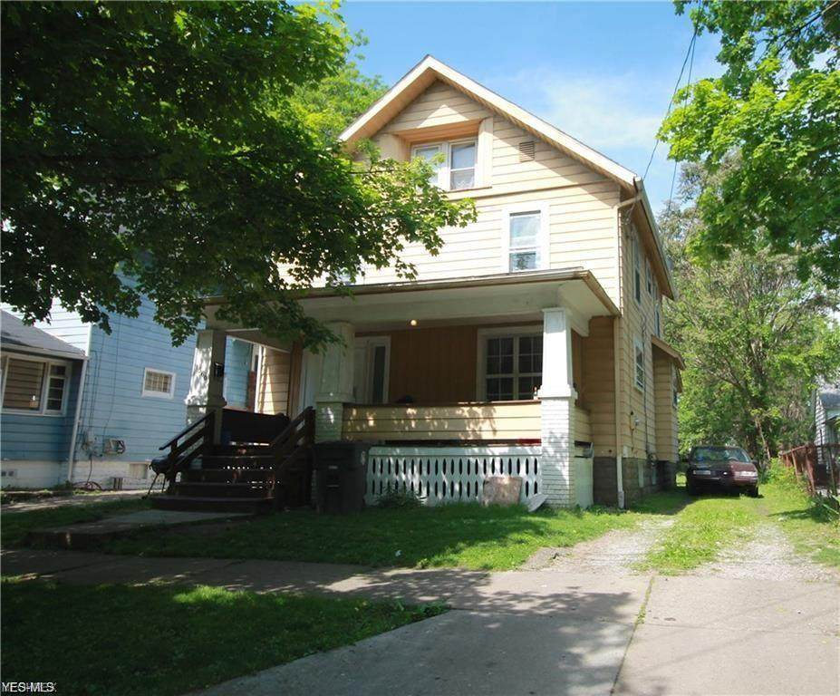 1360 Curtis Street - Photo 1