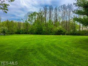 Burkey Avenue NW, North Canton, OH 44720 (MLS #4168520) :: The Jess Nader Team | RE/MAX Pathway