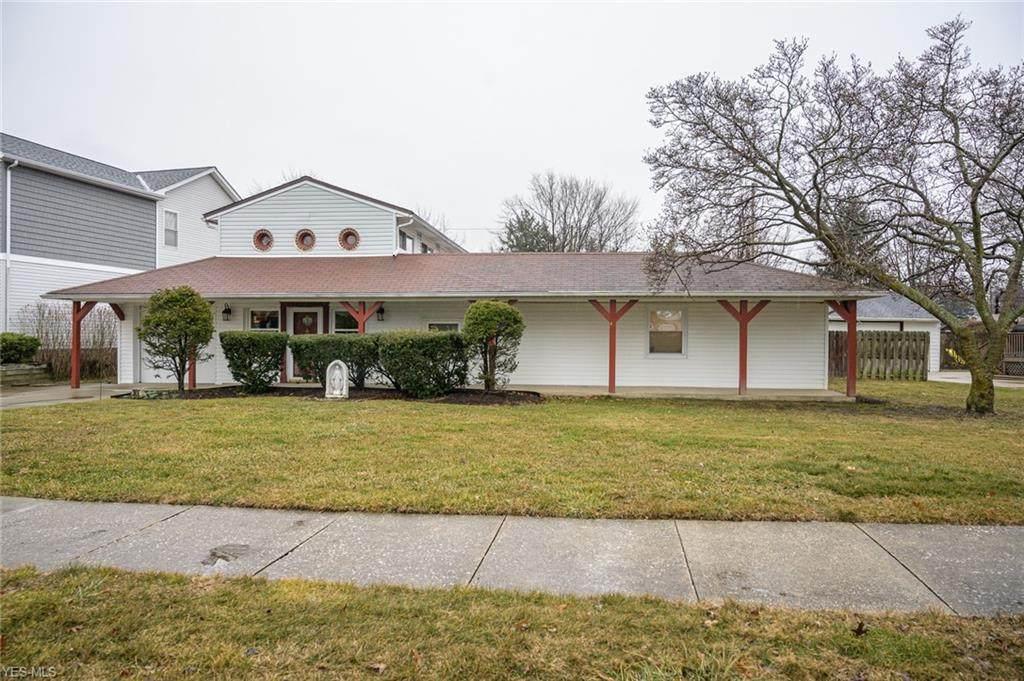 28414 Parkwood Drive - Photo 1
