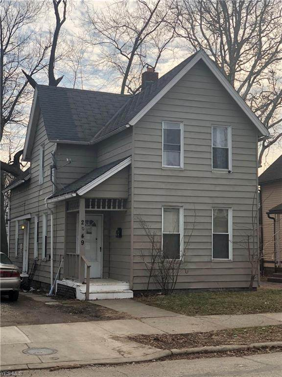 2049 W 95th Street, Cleveland, OH 44102 (MLS #4170297) :: The Crockett Team, Howard Hanna