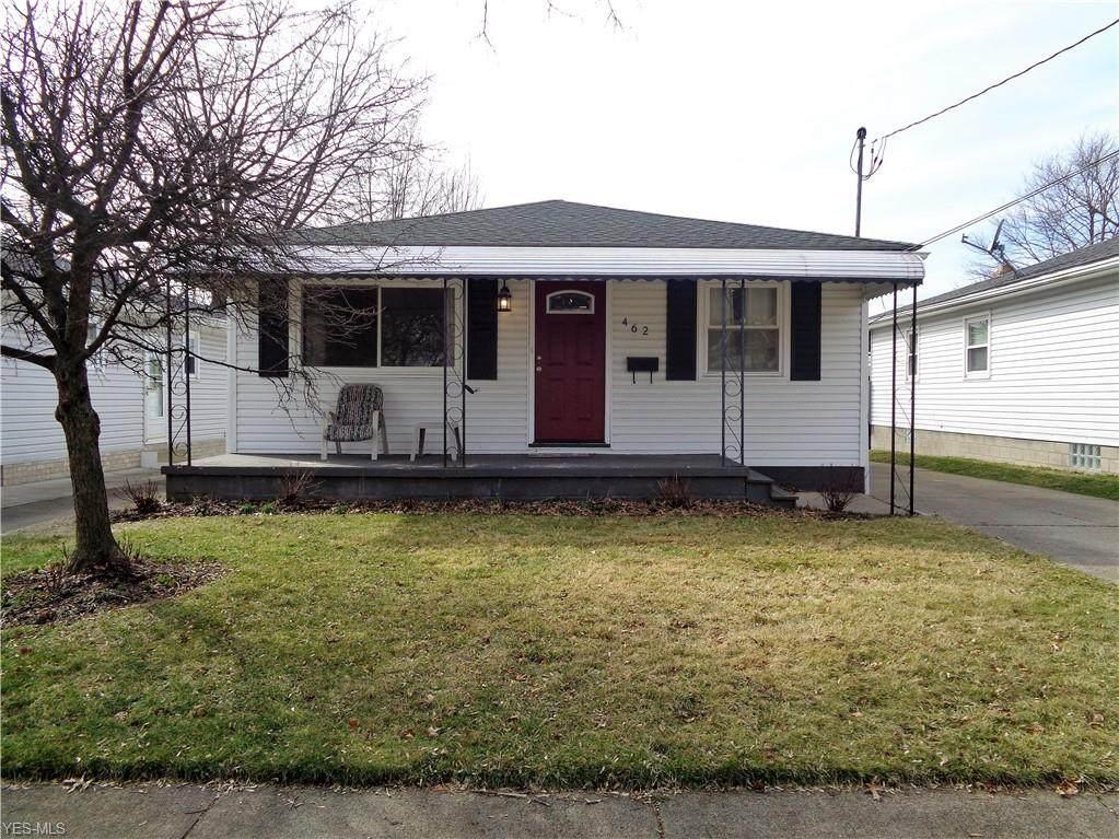462 Stephens Road - Photo 1
