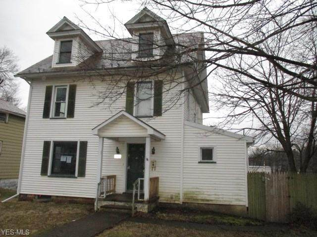 242 Spruce Street, Columbiana, OH 44408 (MLS #4172035) :: RE/MAX Valley Real Estate