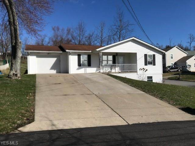 120 Stewart Avenue, St. Clairsville, OH 43950 (MLS #4175180) :: The Crockett Team, Howard Hanna