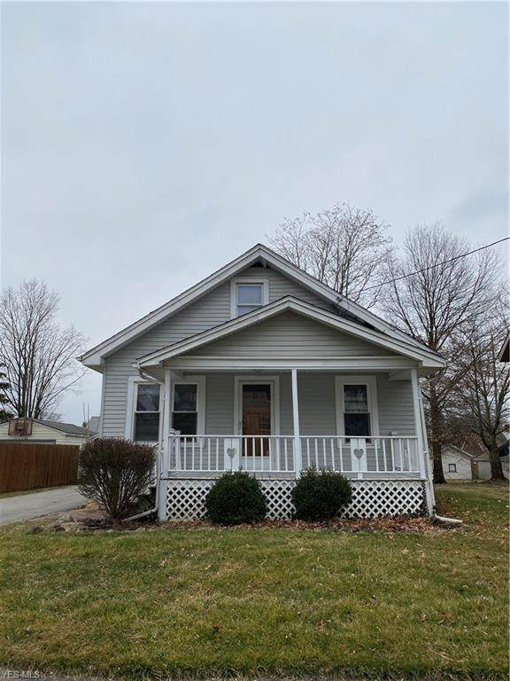 1551 Bonnie Brae, Warren, OH 44483 (MLS #4175244) :: RE/MAX Valley Real Estate