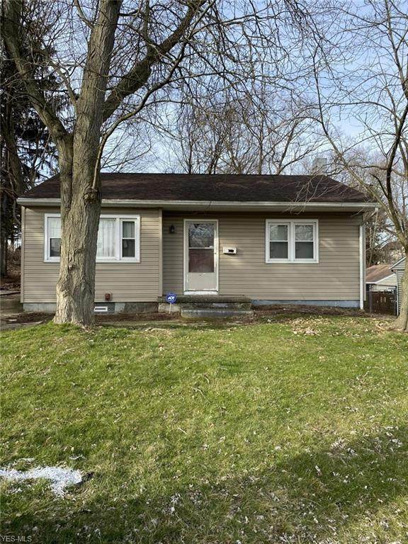 2110 Cherry Hill Avenue, Youngstown, OH 44509 (MLS #4175995) :: RE/MAX Valley Real Estate