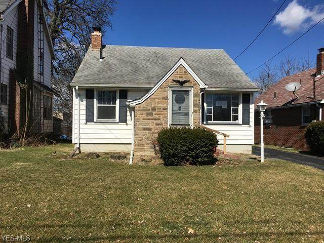 712 Palmer Avenue, Youngstown, OH 44502 (MLS #4178134) :: The Holly Ritchie Team