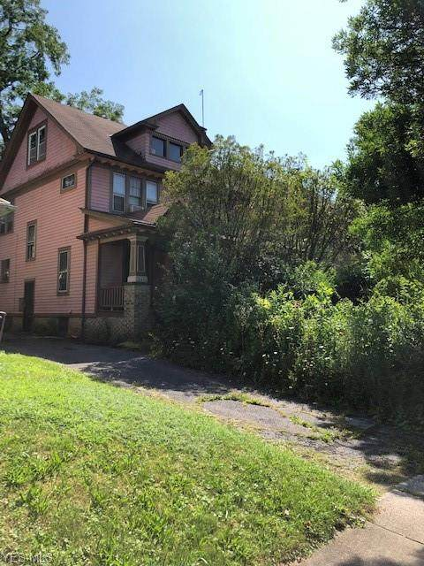 3414 Beechwood Avenue, Cleveland Heights, OH 44118 (MLS #4178575) :: RE/MAX Trends Realty