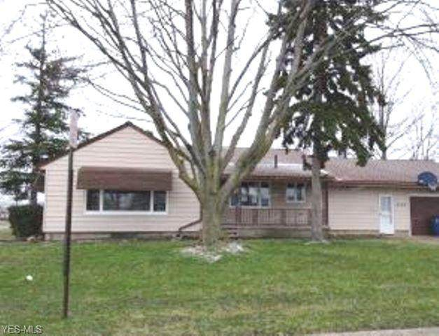 2780 Utica Avenue, Lorain, OH 44052 (MLS #4179431) :: RE/MAX Valley Real Estate
