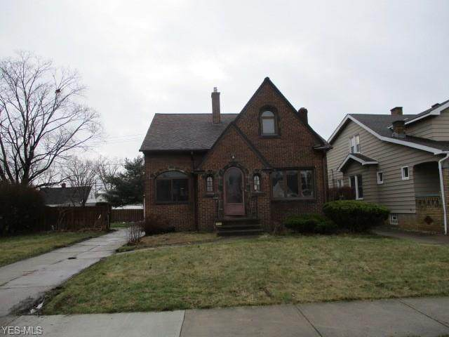 9518 Mccracken Boulevard, Garfield Heights, OH 44125 (MLS #4179666) :: RE/MAX Trends Realty